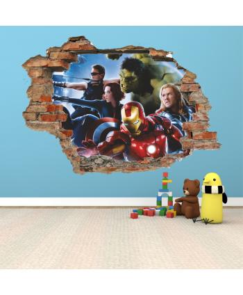 Pared rota Avengers 2